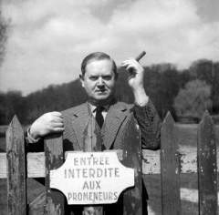 EVELYN_WAUGH
